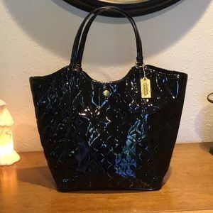 Authentic Coach Peyton signature patent large tote